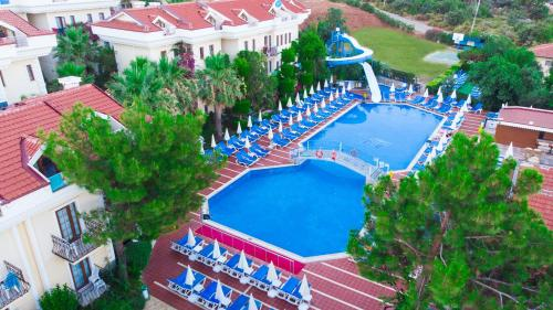 A view of the pool at Yel Holiday Resort or nearby