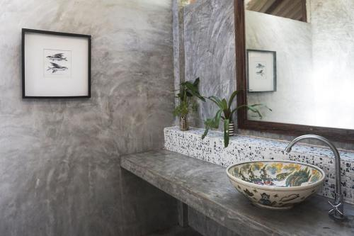 Ein Badezimmer in der Unterkunft Baan Klong Kleng Koh Phayam