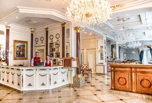 The lobby or reception area at Hotel Grand Palace