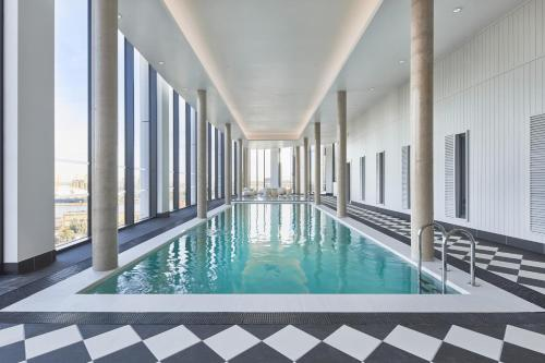The swimming pool at or close to The Collective Canary Wharf