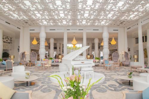 مطعم أو مكان آخر لتناول الطعام في فندق فرح طنجة