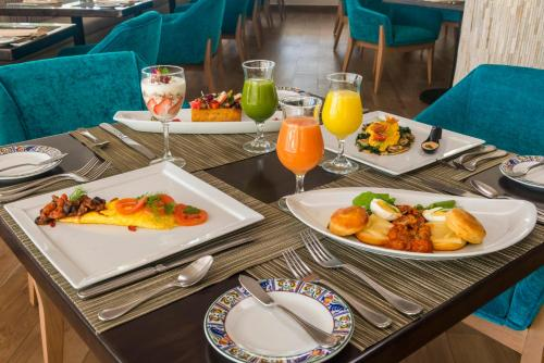 Breakfast options available to guests at Isla Mujeres Palace - All Inclusive Adults Only