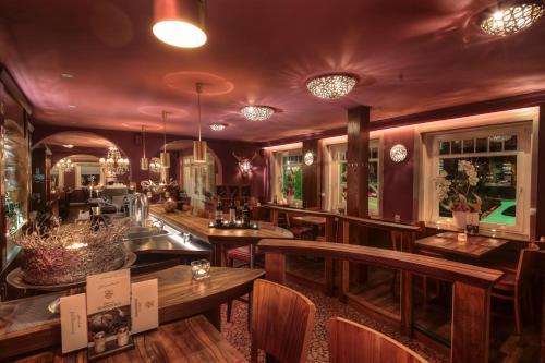 The lounge or bar area at Dubrovnik Hotel-Restaurant