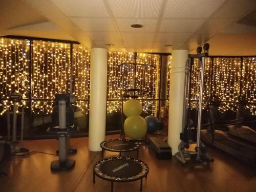 The fitness center and/or fitness facilities at Hotel Riz B.B