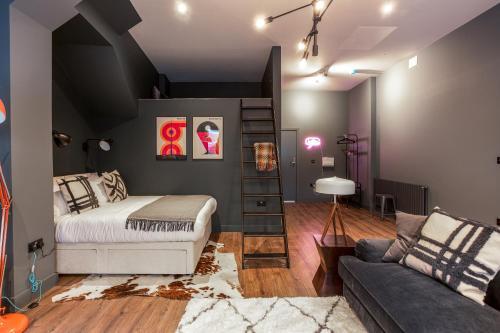 Dark Matter - Studio Apartment