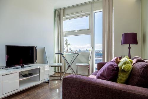 Exclusive 1 Bed Central Apartment - The Cube!!