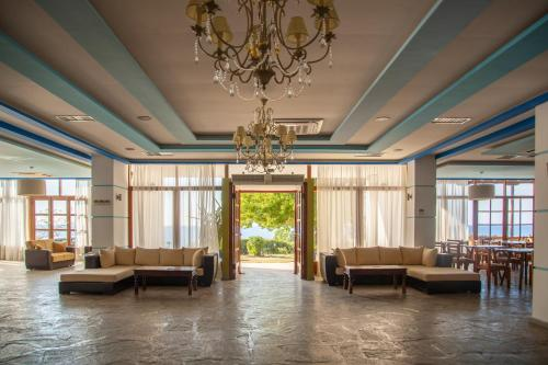 The lobby or reception area at Aeolos Hotel