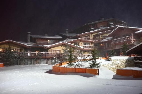 Гостиничный Комплекс Дежавю зимой