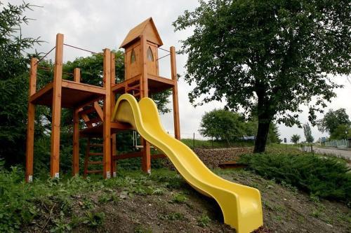 Herní místnost nebo prostor pro děti v ubytování Chalupa Bella