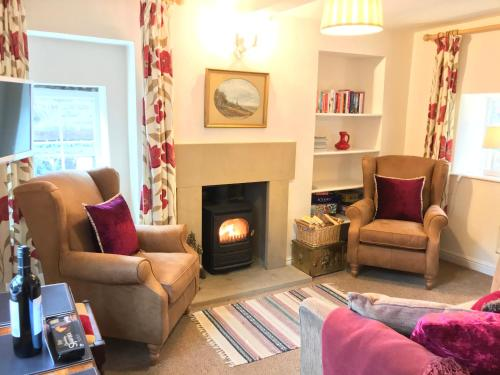 A seating area at Gate Cottage