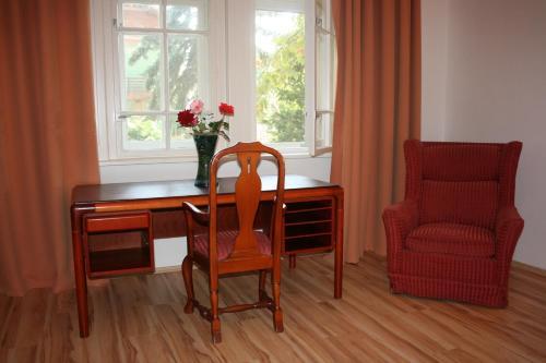 A seating area at Partvilla Balatonboglar