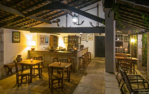A restaurant or other place to eat at Pousada Pardieiro