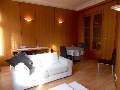 A seating area at St-Malo Aristide Briand