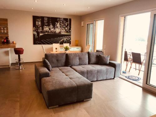 Penthouse-Appartement mit Alpenblick