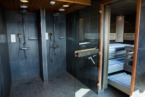 Kylpyhuone majoituspaikassa Original Sokos Hotel Seurahuone Kotka