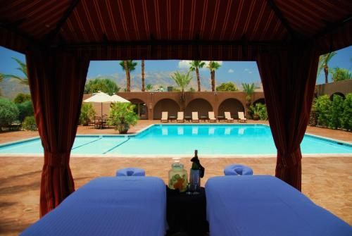 The swimming pool at or near Borrego Springs Resort and Spa