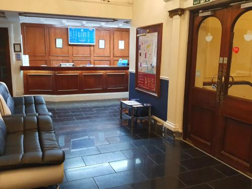 The lobby or reception area at Gilson Hotel