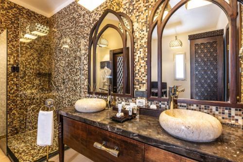 A bathroom at Riu Palace Zanzibar - All Inclusive