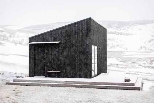 Aska, Modern Cabin om vinteren