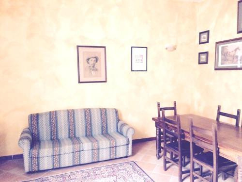 Area soggiorno di Apartment Vico Ortolani