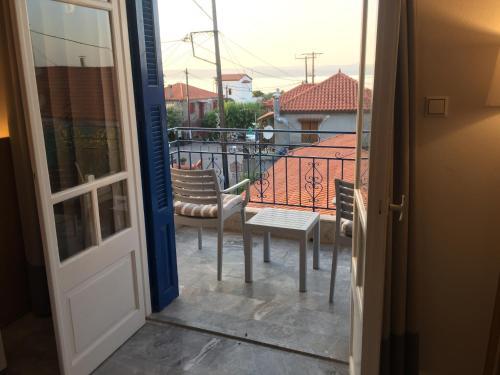 A balcony or terrace at Gorgona Hotel