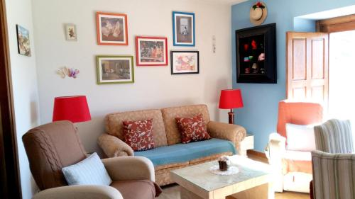 House with 2 bedrooms in Aldehuela with furnished terrace and WiFi