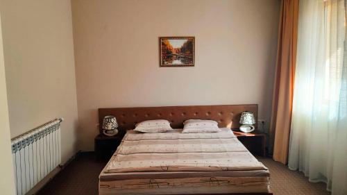 Легло или легла в стая в Хотел Старият град