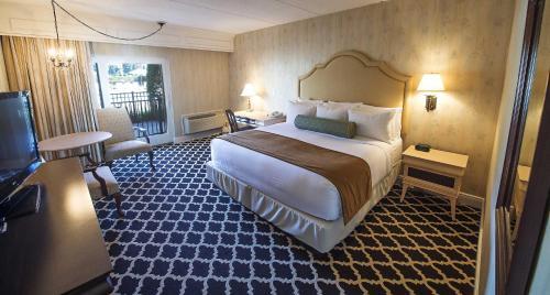 Cama o camas de una habitación en Molly Pitcher Inn