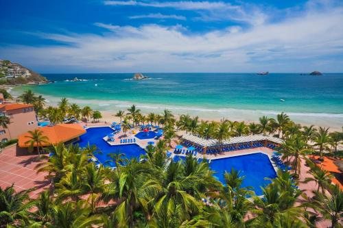 A view of the pool at Barceló Ixtapa - All Inclusive or nearby