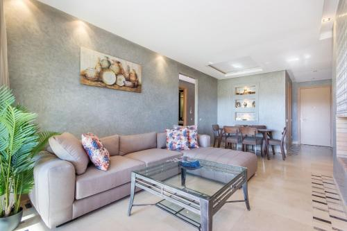 A seating area at Sweet Home - Prestigia Golf City