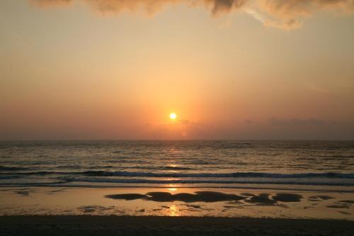 Blick auf den Sonnenuntergang/Sonnenaufgang von des Chalets aus oder aus der Nähe