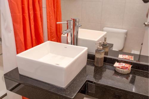 Een badkamer bij Costa Brava Resort