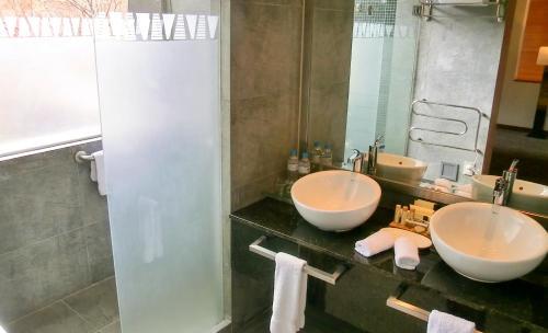 A bathroom at Aranwa Sacred Valley Hotel & Wellness