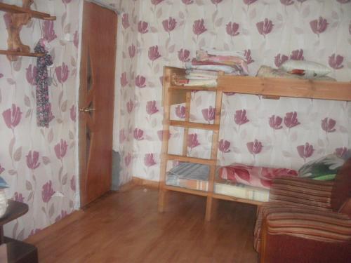 Двухъярусная кровать или двухъярусные кровати в номере Гостевой дом