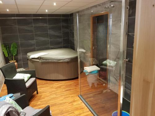 A bathroom at Gite duplex du vignoble Alsace
