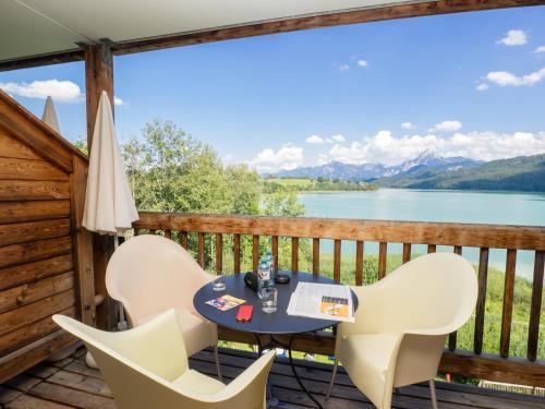 Ein Balkon oder eine Terrasse in der Unterkunft Appartement-Hotel Seespitz