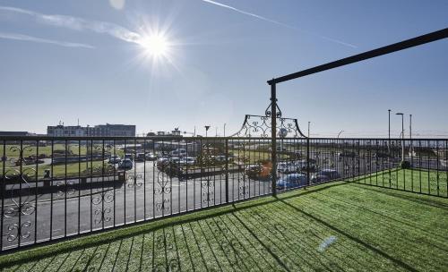 Fabrik Apartments - Harrowside