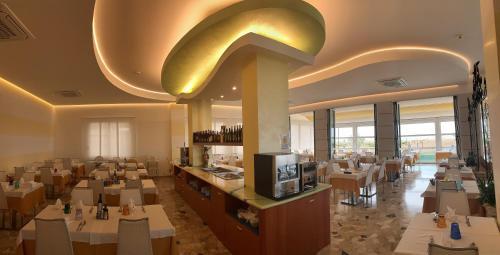 Restaurace v ubytování Hotel Eden