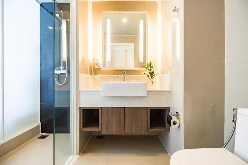 A bathroom at Best Western Patong Beach