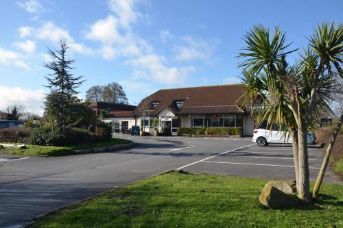 Farmhouse Innlodge by Greene King Inns