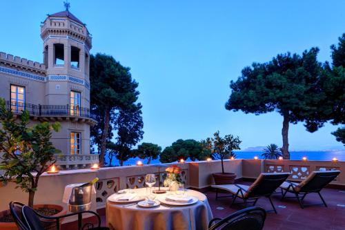 A restaurant or other place to eat at Rocco Forte Villa Igiea