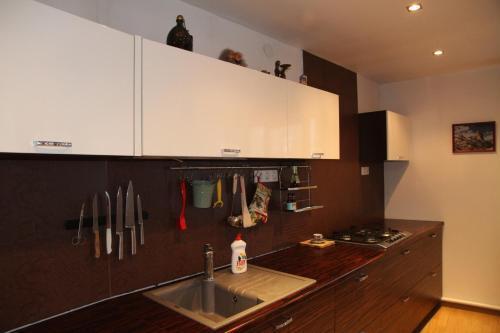 A kitchen or kitchenette at Usadba Znamenka