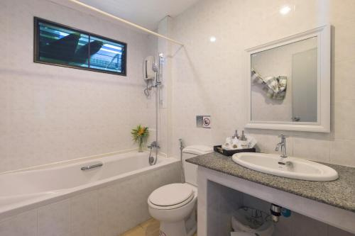 A bathroom at Sansuko Ville