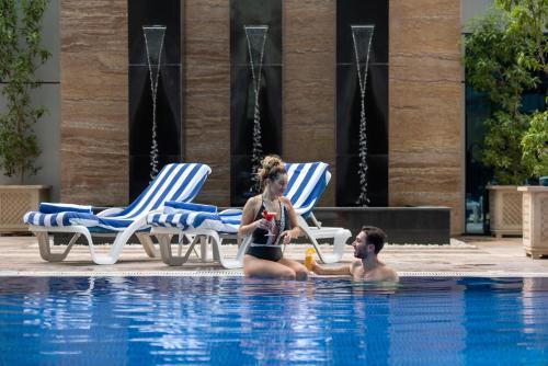 Ghaya grand hotel 5 оаэ дубай италия сардиния недвижимость