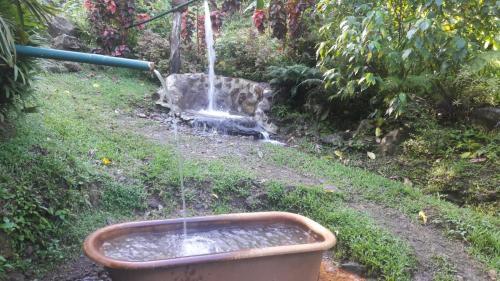 The swimming pool at or close to Ti Kwen Glo Cho