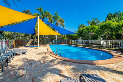 The swimming pool at or near Ingenia Holidays Sydney Hills