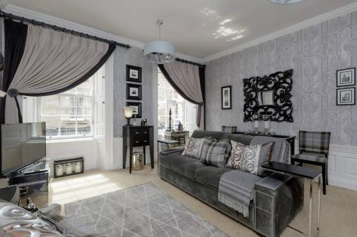 ALTIDO Thistle Street Luxury Apt in the Heart of the City
