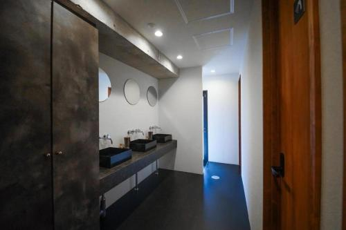 A kitchen or kitchenette at Hotel & Hostel KIKKA TOKYO - Vacation STAY 61621