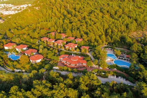 Montana Pine Resort - All Inclusive с высоты птичьего полета