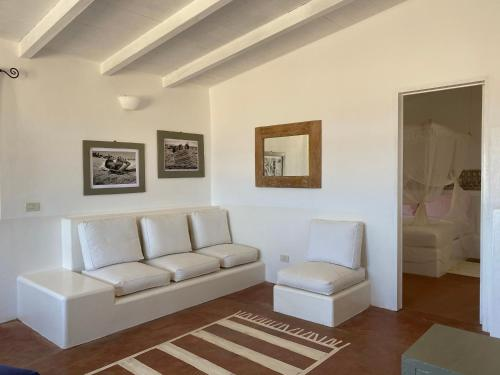 A seating area at Spinguera Ecolodge